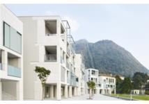 Nhiều rủi ro tiềm ẩn trong cấp tín dụng bất động sản