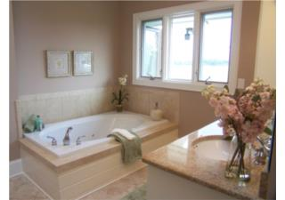 Đập bỏ bồn tắm chục triệu vì không mấy sử dụng