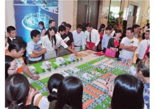 Thị trường địa ốc: Diễn biến trái ngược tại 2 thành phố lớn